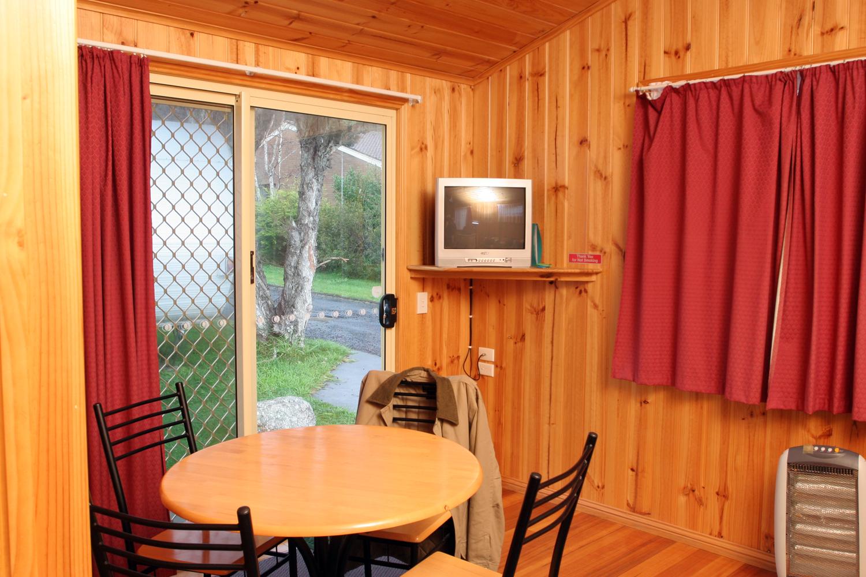 cabin accommodation Burnie